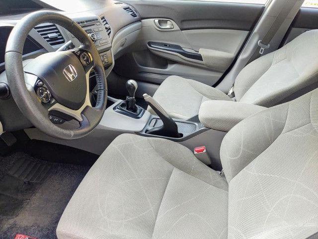 Honda Civic 1.8 Lxs 16v Flex Manual - Foto 12