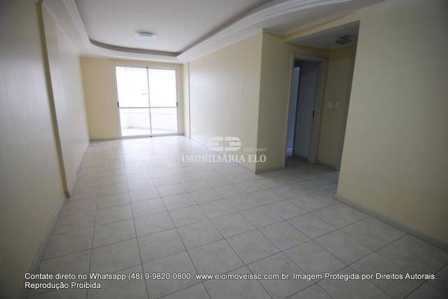 Apartamento no Bairro Estreito com 02 vagas - Foto 17