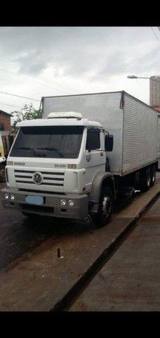 Vw 24-220 worker original 2011 truck baú 8.50 metros