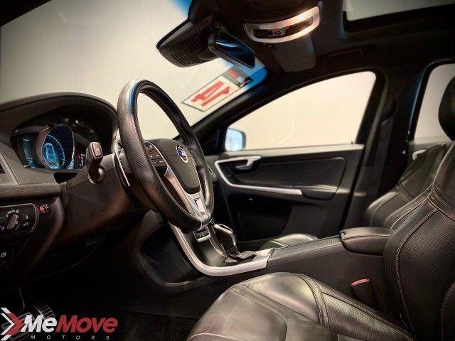 Volvo XC60 R-Design 3.0 V6 AWD 2014  - Foto 6