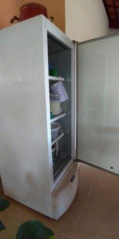 Freezer e Conservador Vertical Dupla Ação 539 litros VF55D Metalfrio 220V - Foto 3