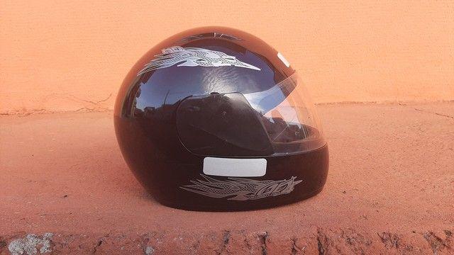 2 capacetes + 2 capas (gratuito) - Foto 18