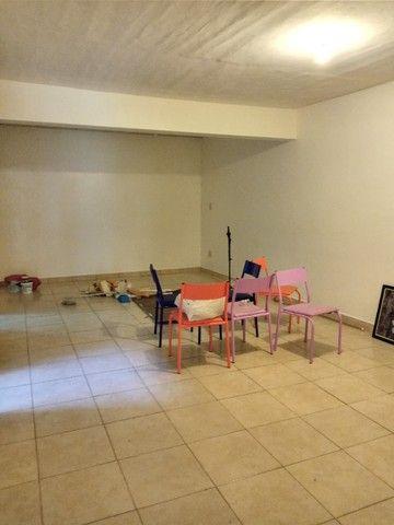 Casa na Av. Duque de Caxias para fins comerciais - Foto 11
