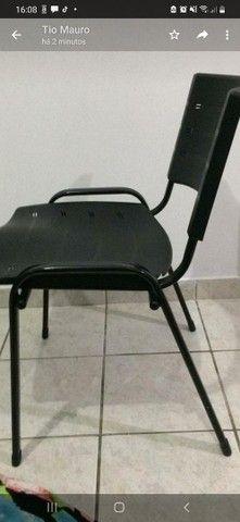 Cadeiras ideal  para escritórios, salão  de beleza.