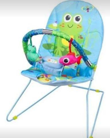 Cadeira de bebê vibratória