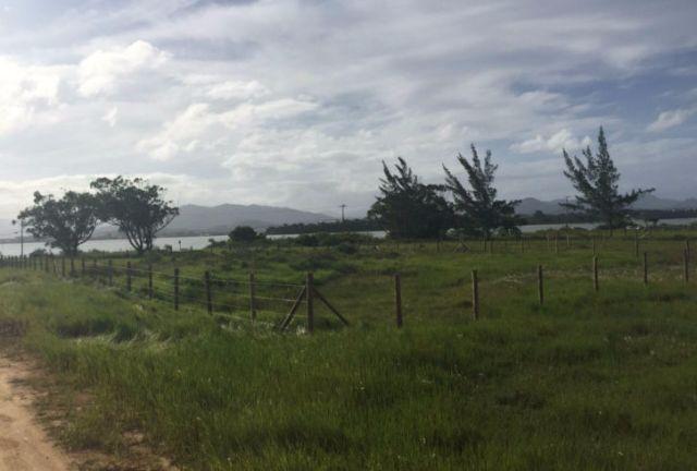 Terreno na Barra de Ibiraquera