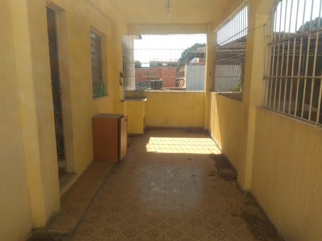 Casa frente de rua, quarto, sala, etc. Junto ao Assaí Nilópolis RJ. Ac carta!