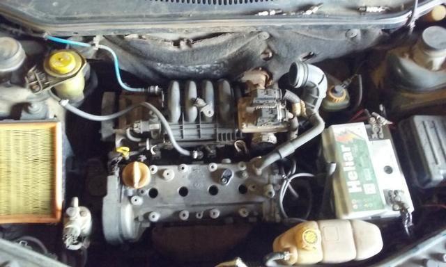 Sucata de Fiat Palio Elx 1.3 16v 2001 - Somente para peças - Foto 5