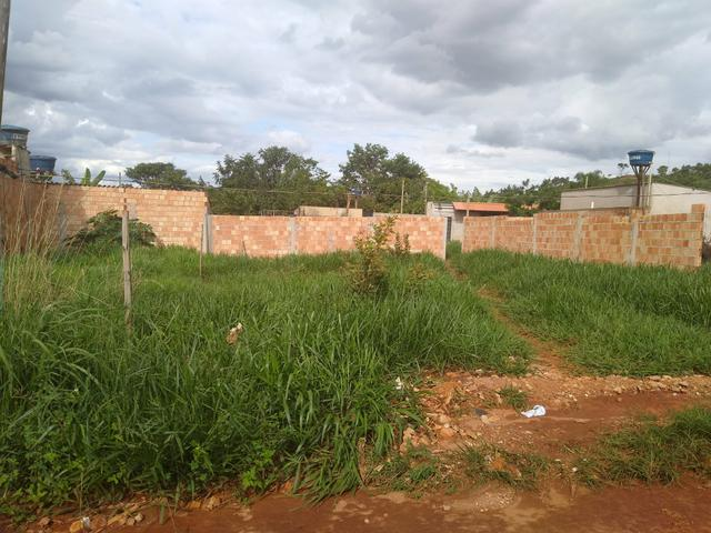 Lote 200 m2