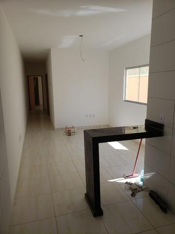 Casa 2 quartos sendo um suite - Res Santa Fe Goiânia - Foto 2