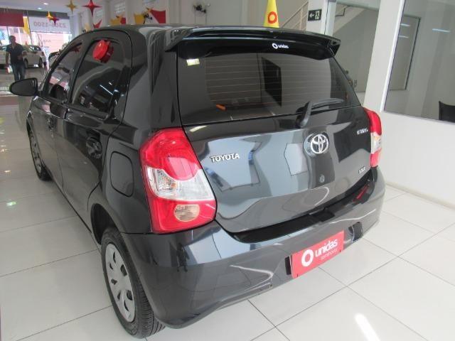 Toyota Etios - Foto 8