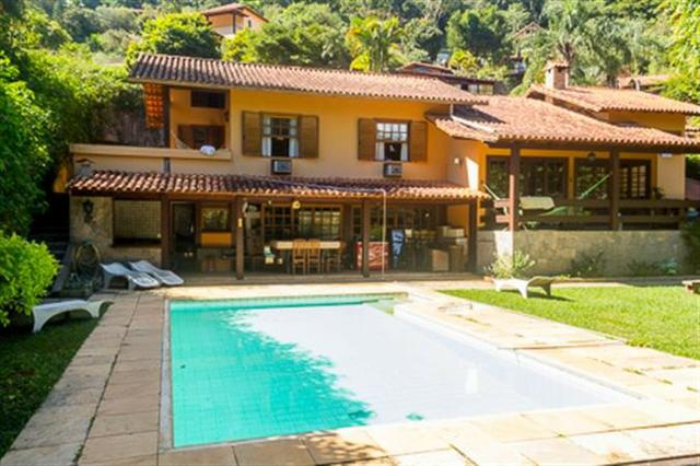 Casa 3 quartos à venda com Área de serviço - Itaipava, Petrópolis ... 7a84e05023