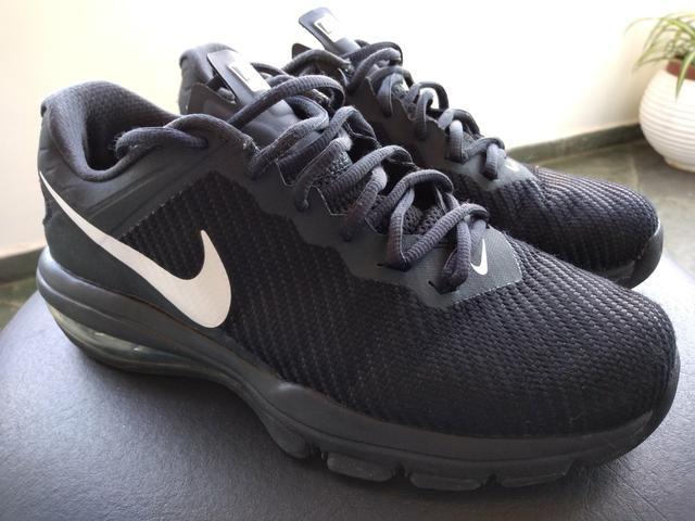 46d80d9656 Tênis Nike número 37 - Roupas e calçados - Vila do Castelo