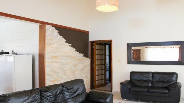 P002- Casa de 3 dormitórios Piscina/Churrasqueira * - Foto 6