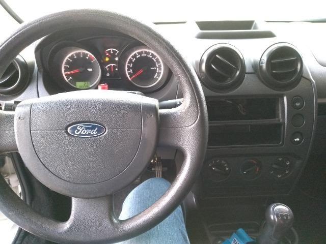 Ford Fiesta Class Hatch 1.0 2013 - Foto 7