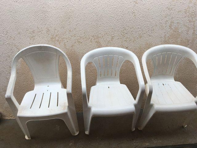Cadeira de plástico em Ji-Paraná.
