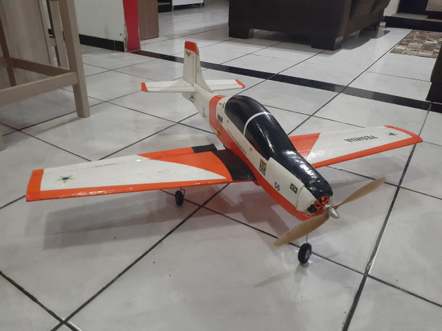 Aeromodelo tucano  - Foto 4