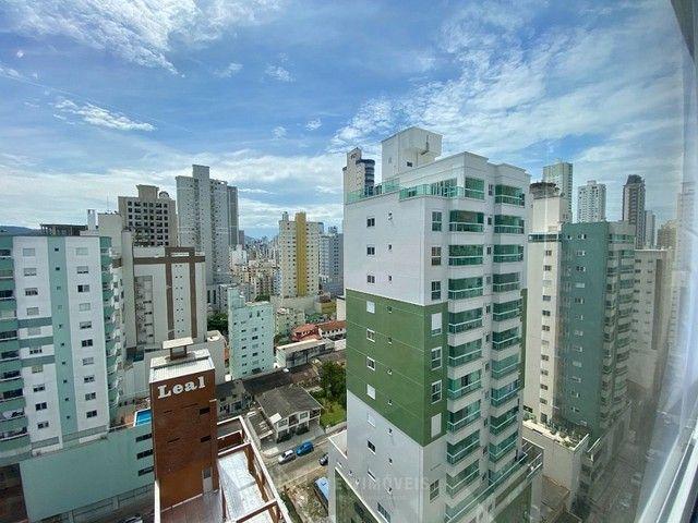 Apartamento Semi-Mobiliado 3 Suítes e 3 Vagas em Balneário Camboriú - Foto 6