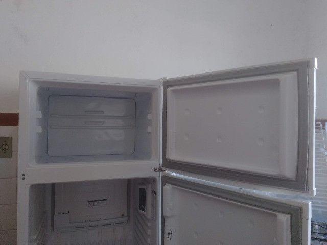 Geladeira Refrigerador Consul 334L - Foto 3