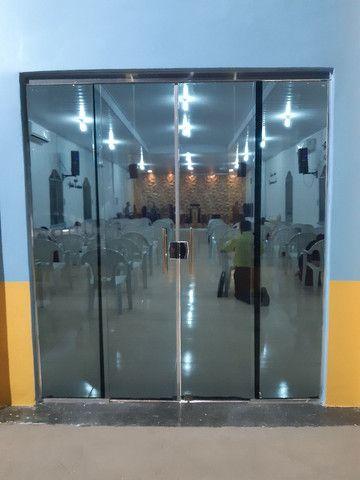 Vendo Porta de vidro - Foto 2