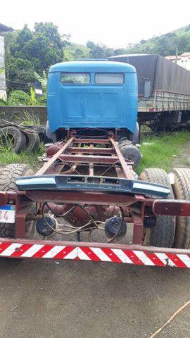 Caminhão toco mercedes benz