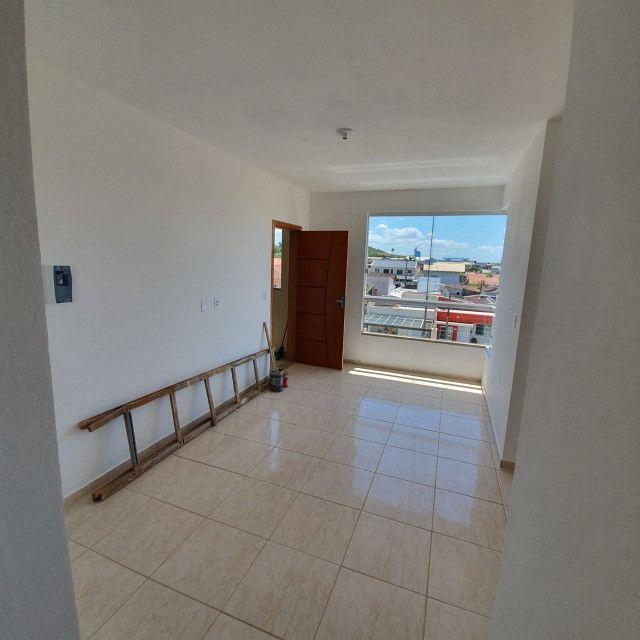 Apartamento novo 2º andar 2 quartos perto da praia em Barra Velha - Foto 5
