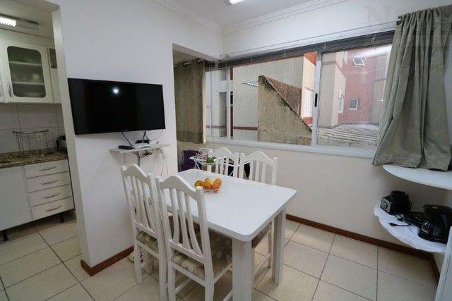 Apartamento com vaga, 50 metros do mar da Praia grande em Torres -RS - Foto 5