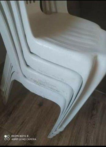 Mesa desmontável com 4 cadeiras - Foto 2