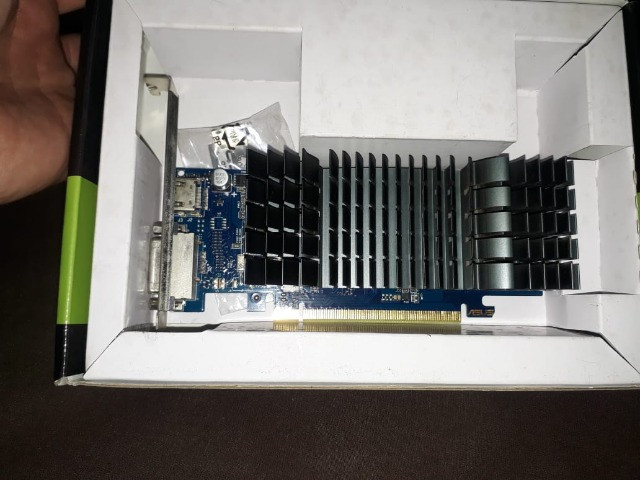 Placa gráfica Asus GeForce ® Gt 1030 2GB gddrR5 - Foto 4