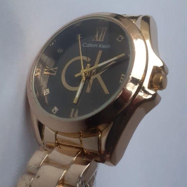 Relógio feminino analógico C.K  - Foto 2
