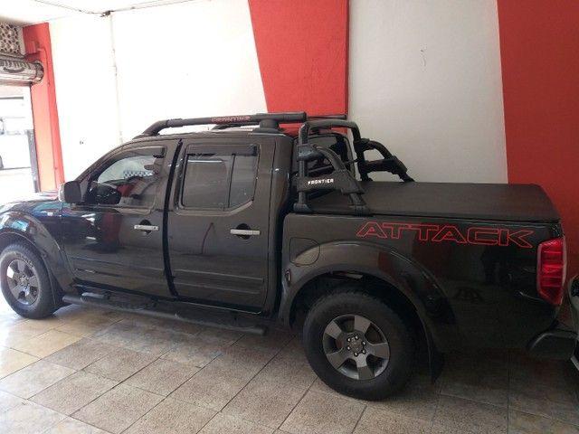 Frontier Attack 4X4 SE troco e financio aceito carro ou moto maior ou menor valor
