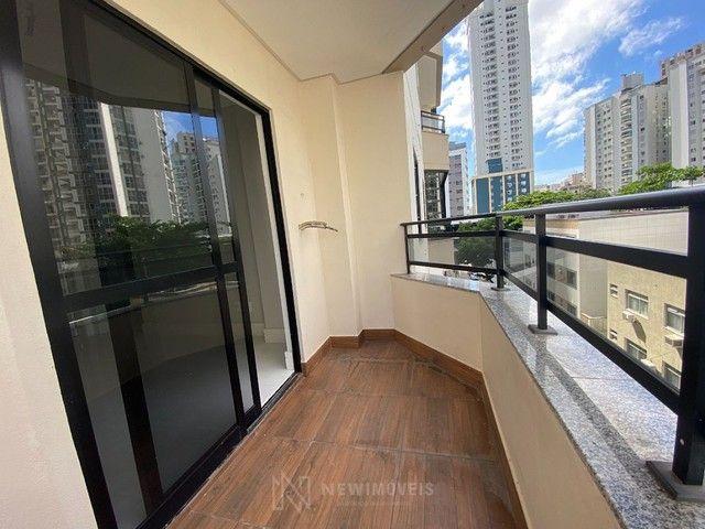 Apartamento Diferenciado com 4 Dormitórios em rua reta ao mar em Balneário Camboriú - Foto 8