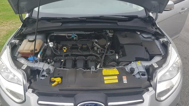 Ford Focus SE 2.0 powershift 2015 - Foto 5