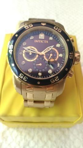 a2ad3c242c0 Relógio Invicta Super Conservado - Bijouterias