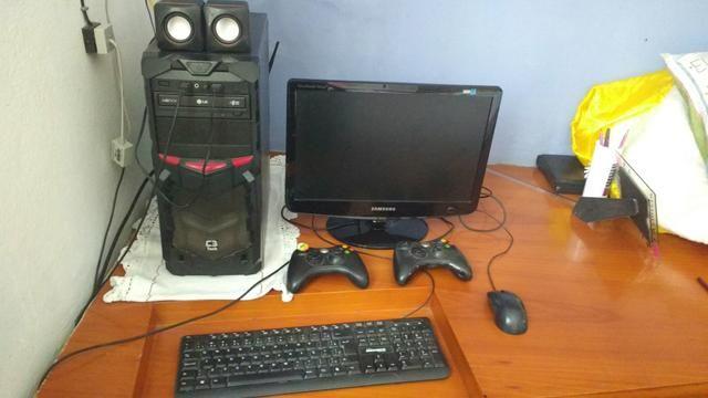 Troco PC gamer por PS4