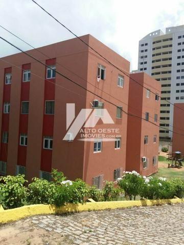 Apartamento no Condomínio Portal do Jiqui II