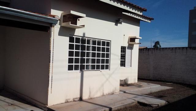 Casa residencial à venda, Quadra 208 Norte, Plano Diretor Norte, Palmas.