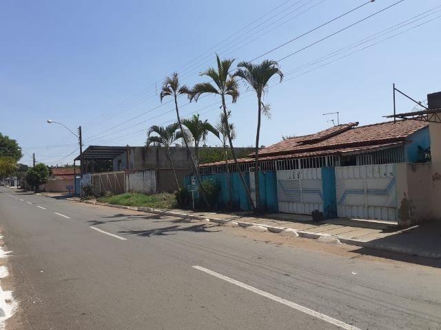 Vende-se casa no Centro de Aparecida de Goiânia - Foto 5
