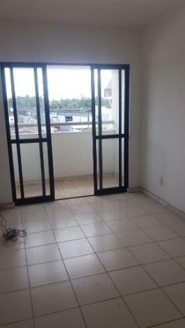 Apartamento 2/4 na Estrada do Coco - Foto 5