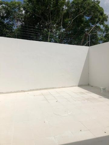 CD Fechado- 2 e 3 Dormitórios/ Poço artesiano- Parque 10/ Apenas 170 mil à vista - Foto 8