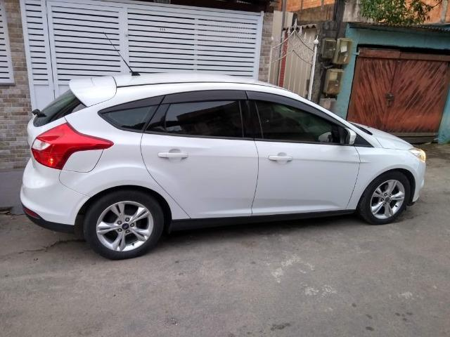 Vendo Ford Focus Hatch Modelo 14