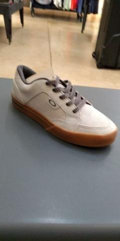 Sapatinhos da oakley original - Roupas e calçados - Ceilândia Norte ... b255fc5ce1f