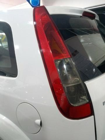 Ford Fiesta Class Hatch 1.0 2013 - Foto 5