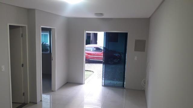 Vende-se casa duplex em condomínio - Foto 5