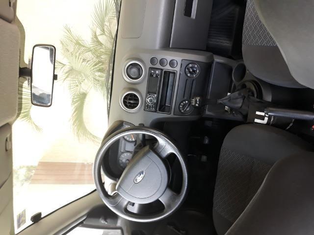 Ford Fiesta Sedan -2006 - otimo - Foto 6