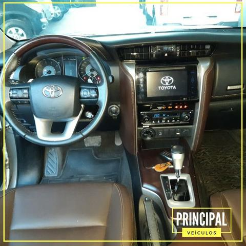 Toyota Hilux SW4 Srx 2018 Completo - Garantia de Fabrica - Foto 7