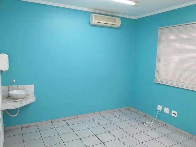 Casa Comercial - R. Sen. Souza Naves - (Próx. Av. Bandeirante - em frente Clinilab) - Foto 14