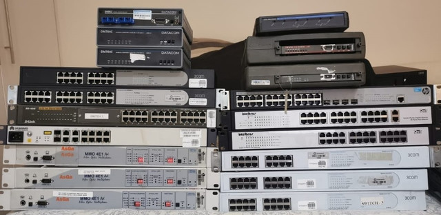 Equipamentos de Redes - Switches, Modems e conversores