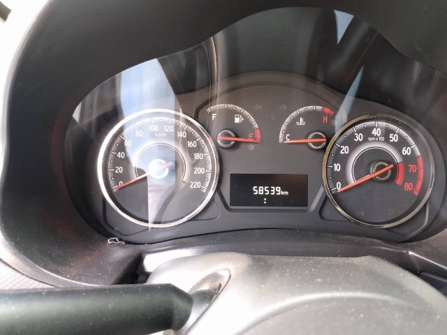 Fiat Palio 1.0 Attractive 8V Flex 4Ptas - Foto 15