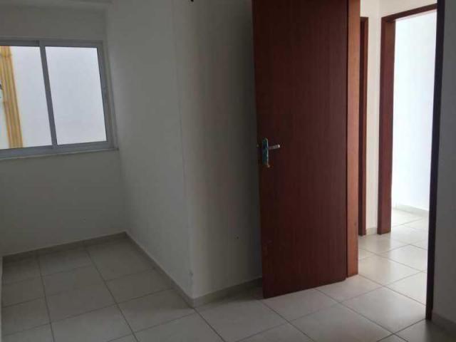Apartamento de 03 quartos em condomínio com piscina. - Foto 6